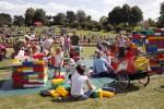 Familienfest in den Rheinauen
