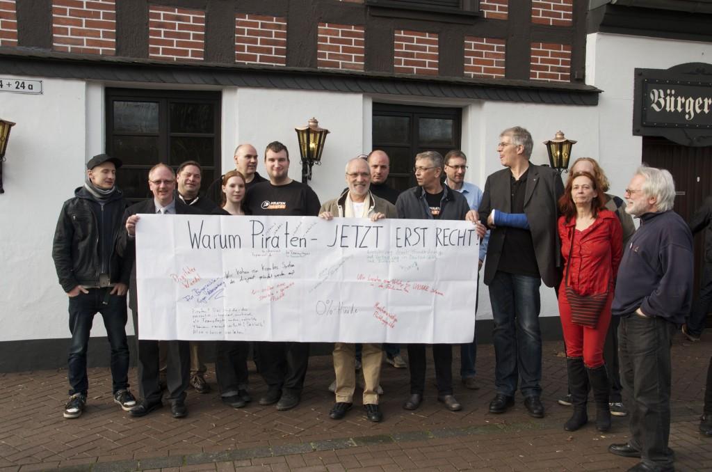 Gruppenbild vor Bürgershof Lintorf